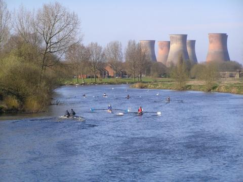 Crew rowing upstream at first Burton Head